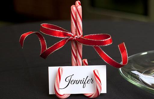 candy-cane-name-holders-for-christmas-table