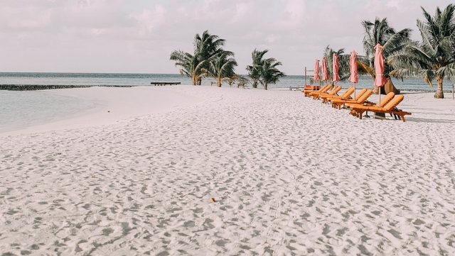 maldives-1-aspyn-ovard-blog-post_-6-1066x1600